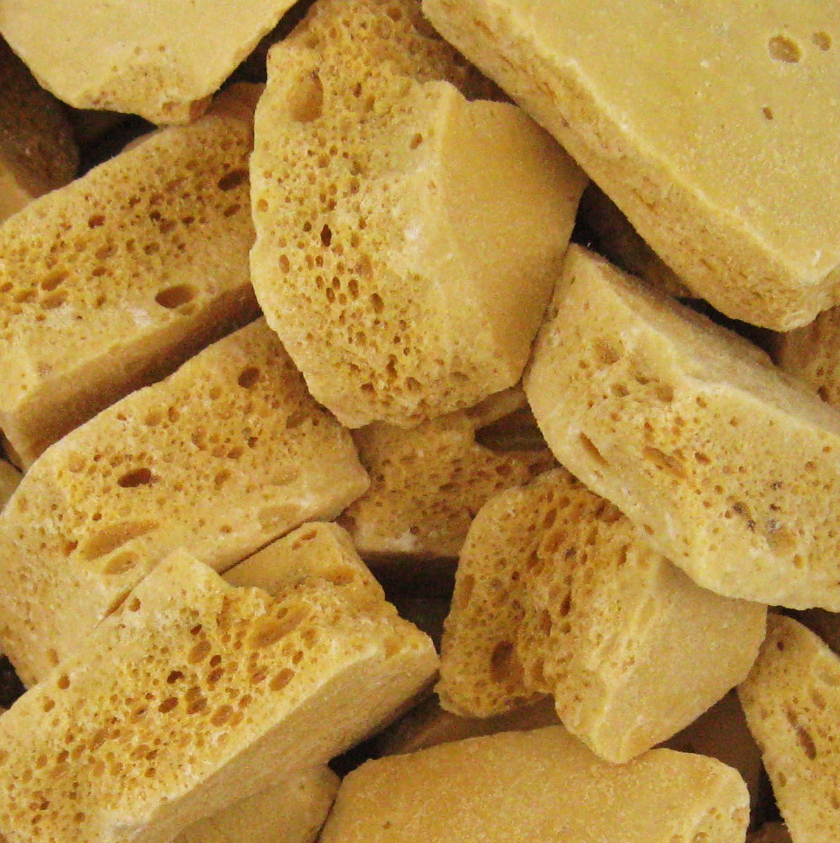honeycomb toffee Archives - BOOK OF DAYS TALES